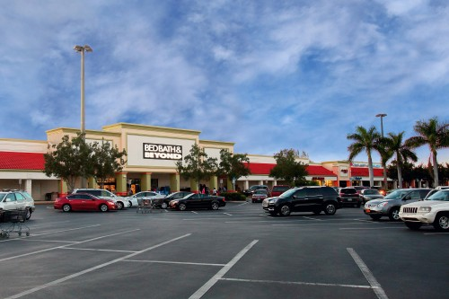 Bed Bath & Beyond Plaza - Naples, FL