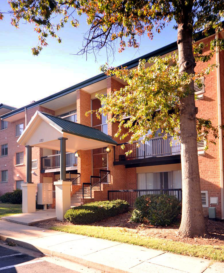 Heather Crossing Apartments Apartments: 101_N_Ripley_