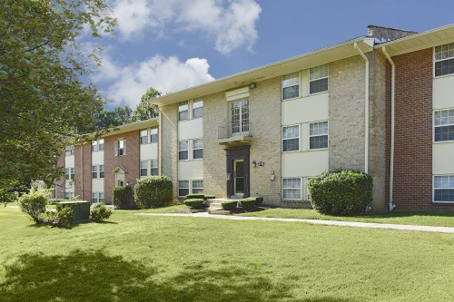 Kenilworth at Hazelwood & Windridge Apartments - Baltimore, MD