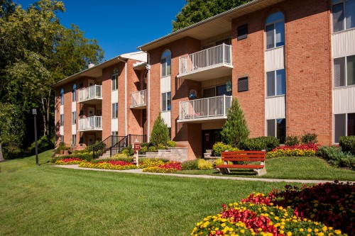 Padonia Village Apartments - Timonium, MD