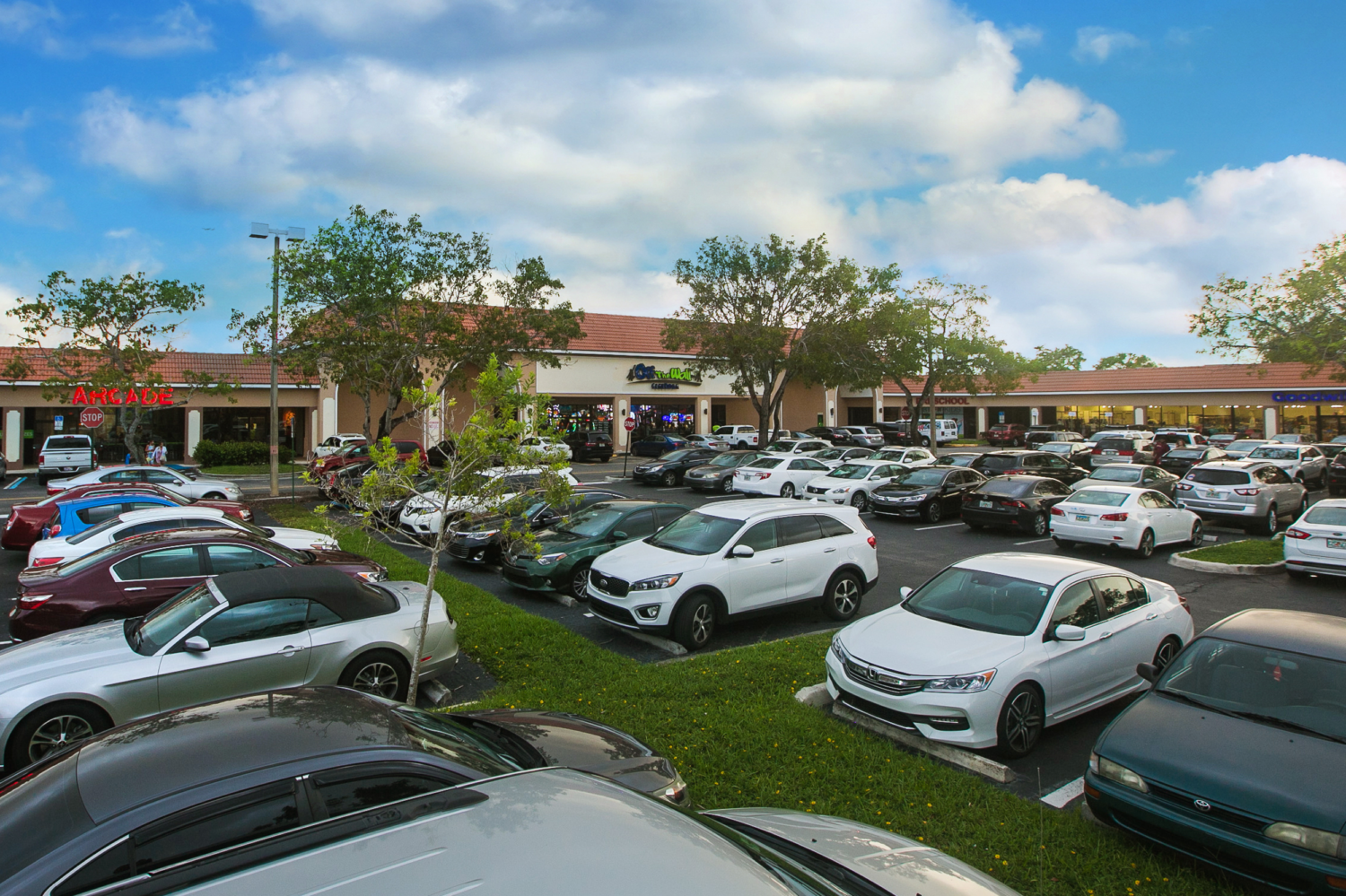 CRC Acquires 155,000 SF Ridge Plaza in Davie, FL for $21.3M -